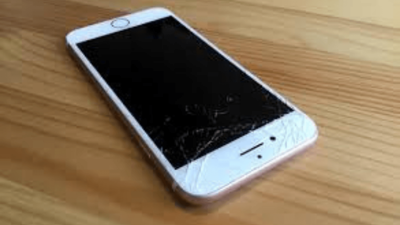 new arrival ee46b 8d3dd What is Apple iPhone 7 Plus Screen Replacement Cost in India?