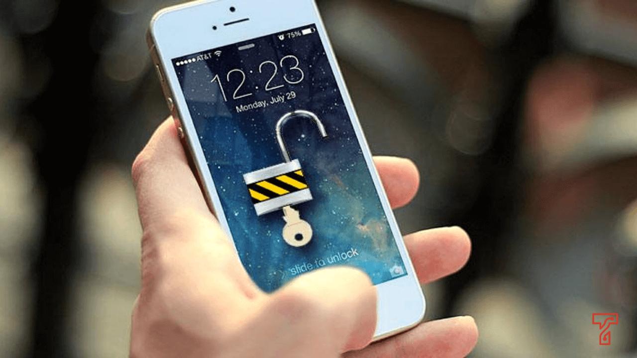 jail break cause of iPhone Stuck On Apple Logo on screen, apple logo loop, boot loop | Get iPhone Repair by Techyuga